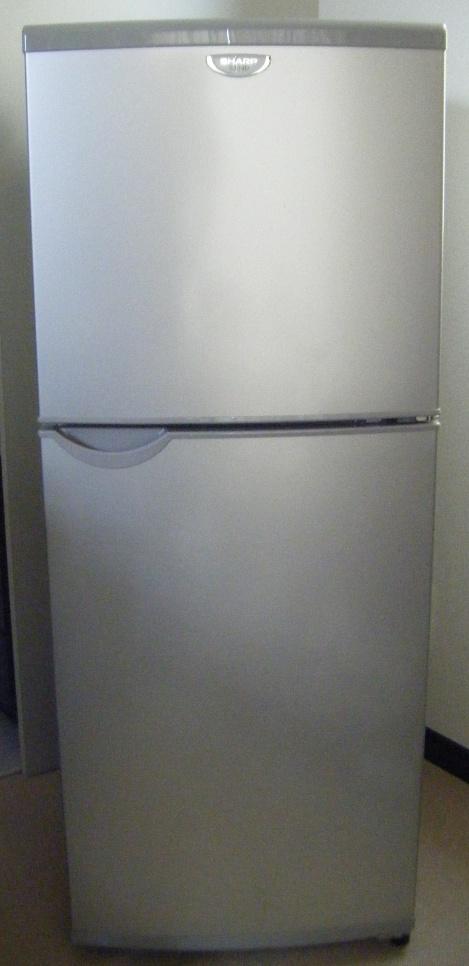 137L 2ドア冷蔵庫